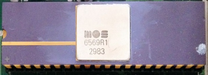 File:MOS Technology 6569R1.jpg